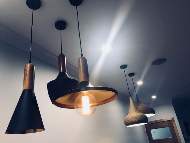 Modern, fully functioning lighting showroom